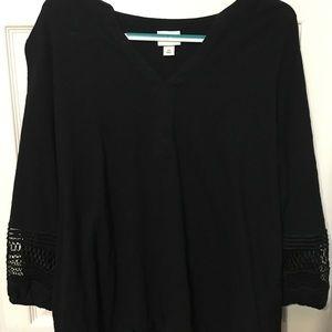 Ava & Viv - Black Shirt with Sleeve Cut Out